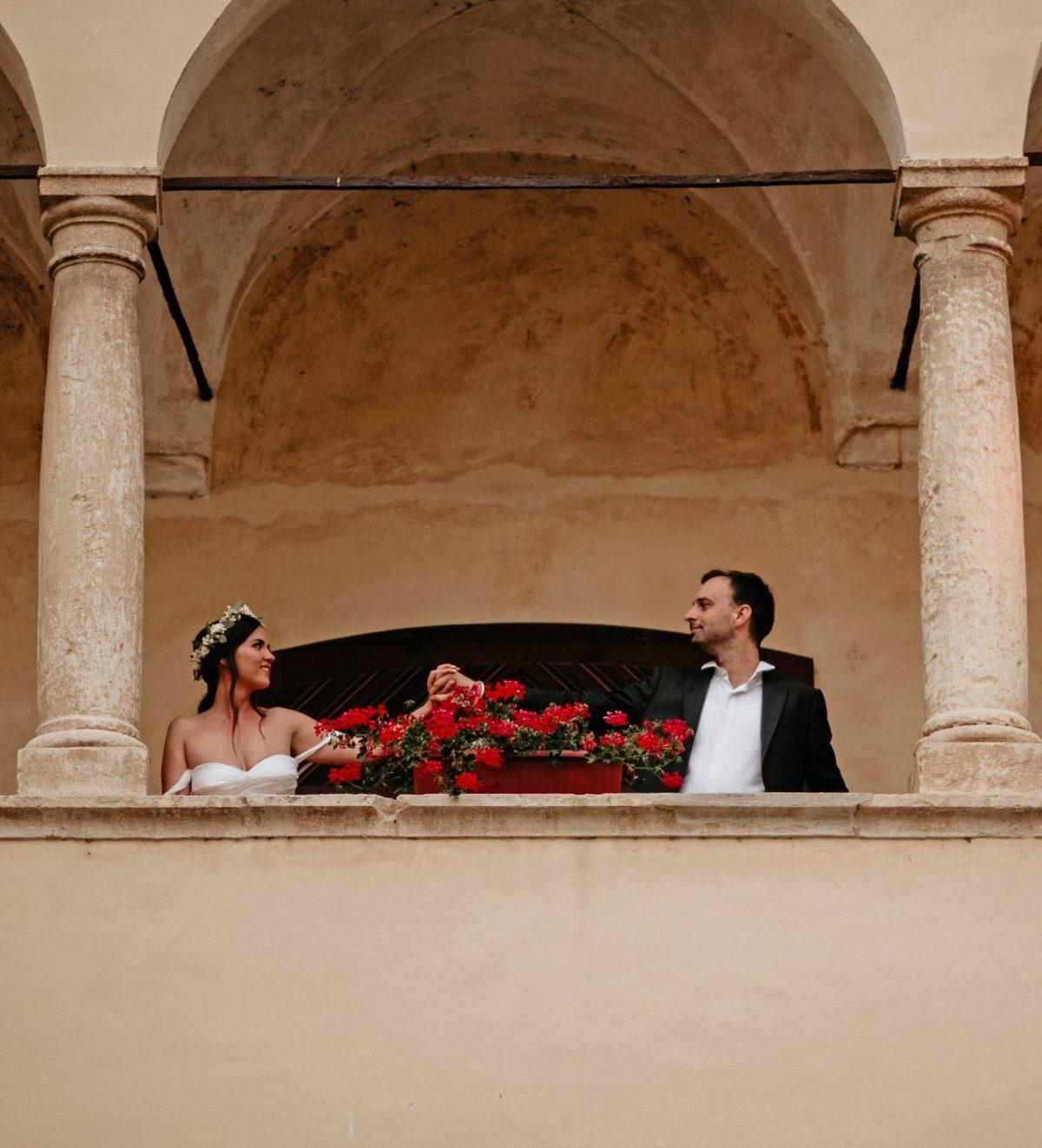 balcon-mariage-romantique